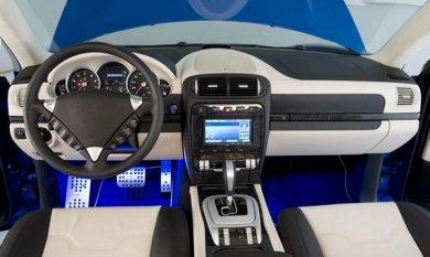 Ателье RUF представило в Женеве Porsche Cayenne Dakara